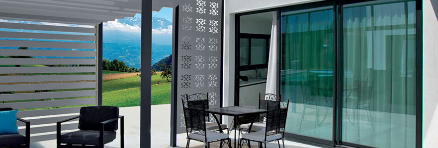 store sur mesure pour am nager un toit de terrasse. Black Bedroom Furniture Sets. Home Design Ideas